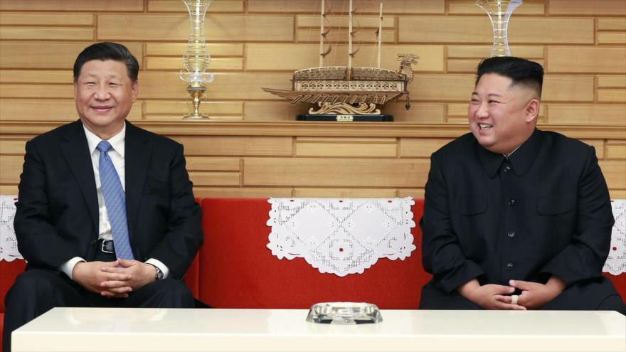 Corea del Norte y China estrechan lazos y apuestan por la paz | HISPANTV