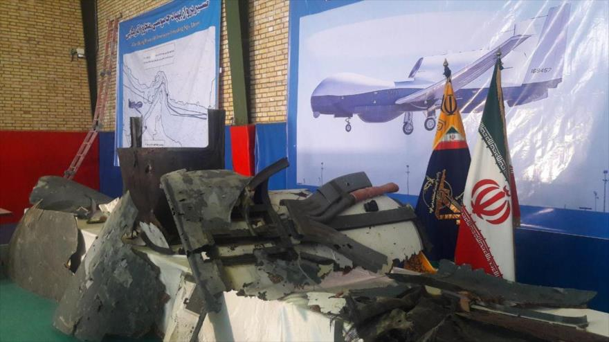 Irán muestra primeras imágenes de restos de dron derribado de EEUU | HISPANTV