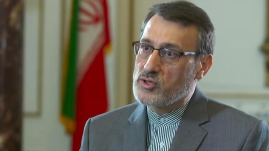 El embajador iraní en el Reino Unido, Hamid Baidineyad, en una entrevista con el canal de noticias 4 del Reino Unido, 21 de junio de 2019.