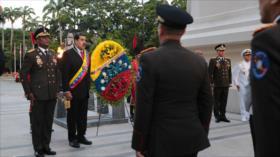 """Maduro acusa a Faller de intentar """"llenar de intriga"""" la FANB"""