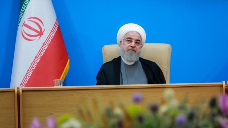 """""""Sancionando al canciller iraní EEUU miente sobre diálogo con Irán"""""""