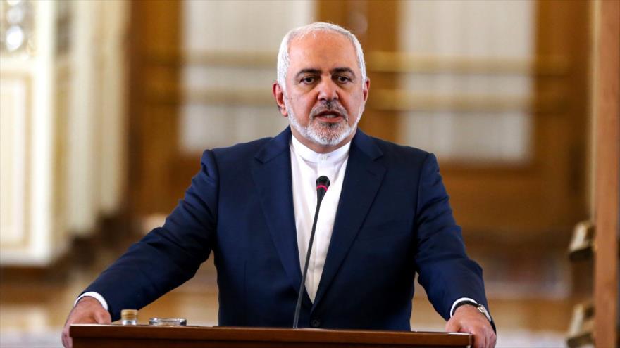 El canciller iraní, Mohamad Yavad Zarif, da una rueda de prensa en la capital, Teherán, 10 de junio de 2019. (Foto: AFP)