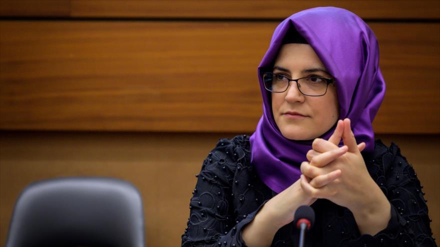 Hatice Cengiz, la novia del asesinado periodista saudí Jamal Khashoggi, en una sesión de la CDHNU, 25 de junio de 2019. (Foto: AFP)
