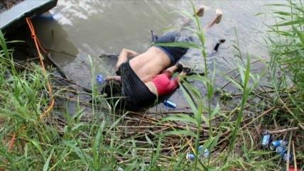 Un migrante y su hija pierden la vida de camino a EEUU