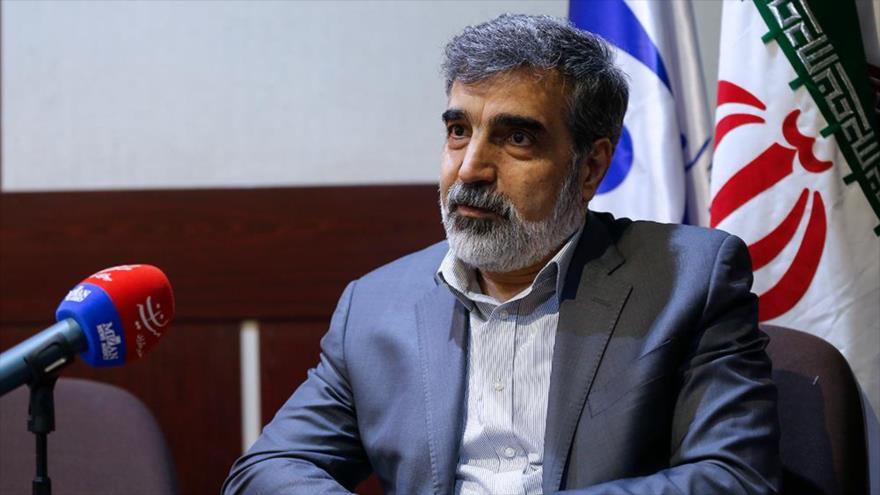 El portavoz de la Organización de Energía Atómica de Irán (OEAI) durante una reunión en Teherán, la capital persa. (Foto: Mizan)
