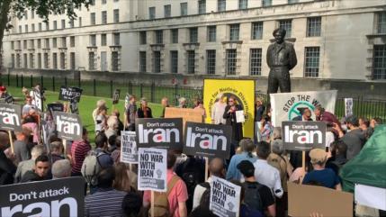 Cientos de personas en Londres piden la paz para Irán