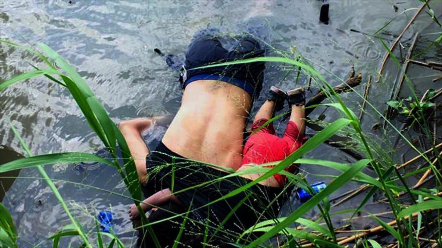 Mueren ahogados una niña y su padre de camino a EEUU | HISPANTV