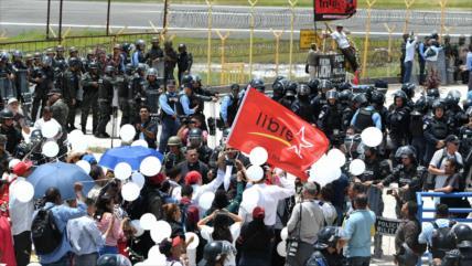 Los 10 años del golpe contra Zelaya: militares impiden rememorarlo