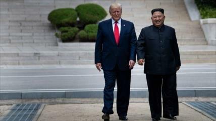 Oposición critica: Trump sólo buscaba fotos del encuentro con Kim