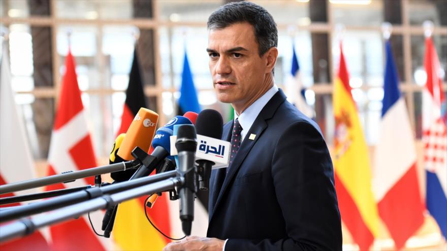 El presidente del Gobierno español en funciones, Pedro Sánchez, habla con la prensa en Bruselas (capital belga), 2 de julio de 2019. (Foto: AFP)