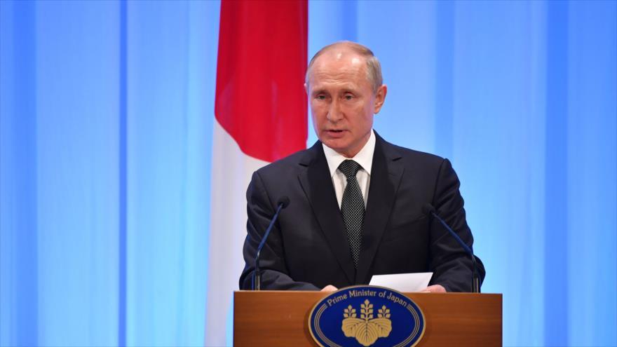Putin firma salida de Rusia del tratado de desarme nuclear INF | HISPANTV