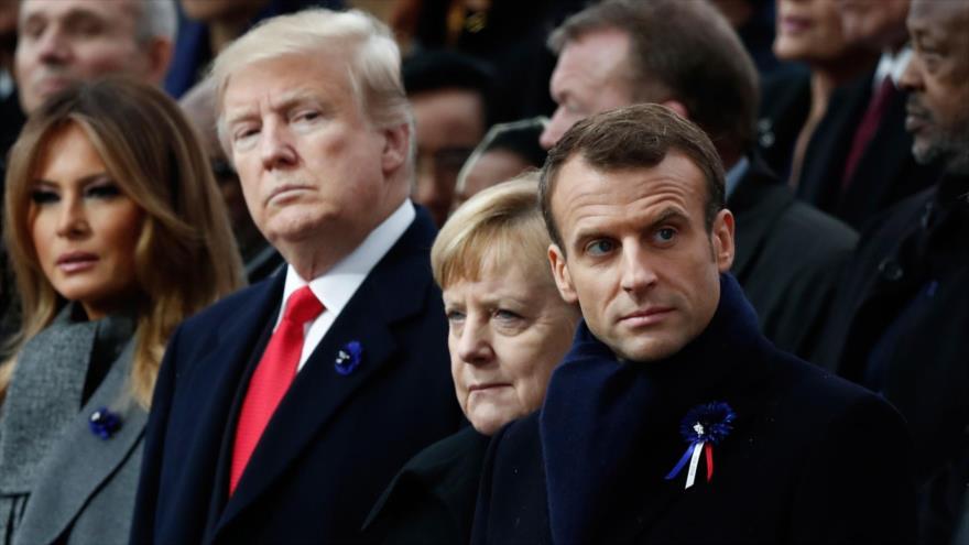 Jefes de Estados de EE.UU., Donald Trump (izq.); de Alemania, Angela Merkel; y de Francia, Emmanuel Macron, París, 11 de noviembre de 2018. (Foto: AFP)