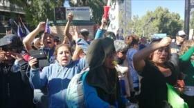 Policía chilena reprime marcha de profesores en Santiago