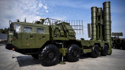 Turquía recibirá en dos días S-400 rusos pese a presión de EEUU