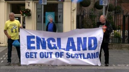 Jeremy Hunt y Boris Johnson rechazan referéndum en Escocia