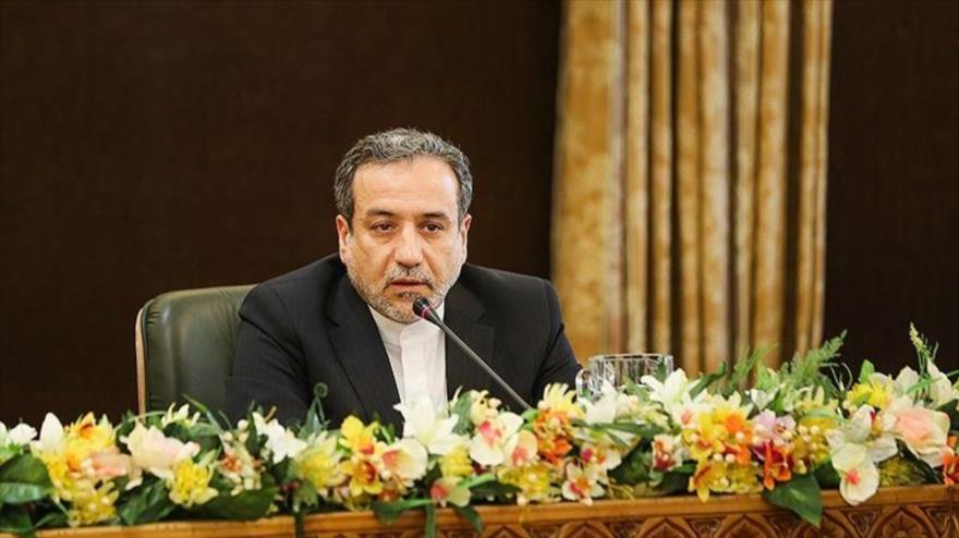El vicecanciller iraní para Asuntos Políticos, Seyed Abás Araqchi, durante una rueda de prensa en Teherán (capital), 7 de julio de 2019. (Foto: Tansim)
