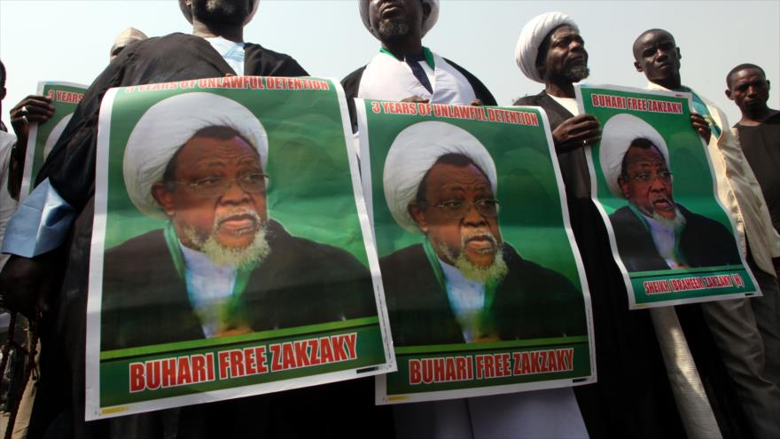 Manifestantes en Abuja (capital de Nigeria) piden la libertad del líder chií, el sheij Ibrahim al-Zakzaky, 22 de enero de 2018. (Foto: AFP)