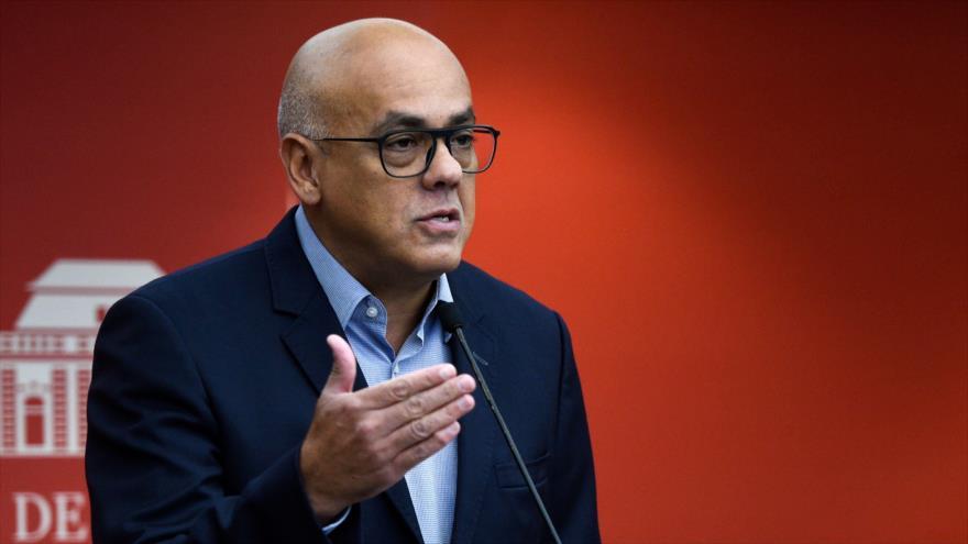 El ministro de Comunicación de Venezuela, Jorge Rodríguez, en una rueda de prensa en Caracas, 10 de septiembre de 2018. (Foto: AFP)