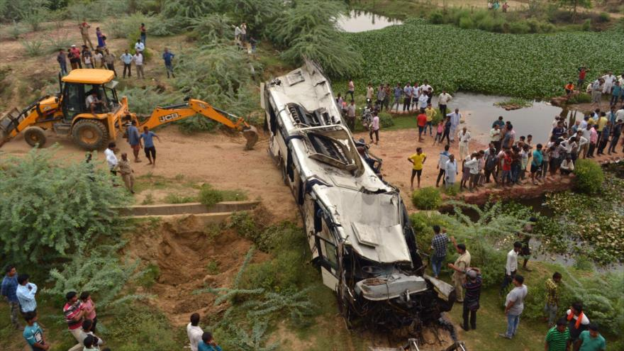 Mueren 29 personas en La India por un accidente de carretera