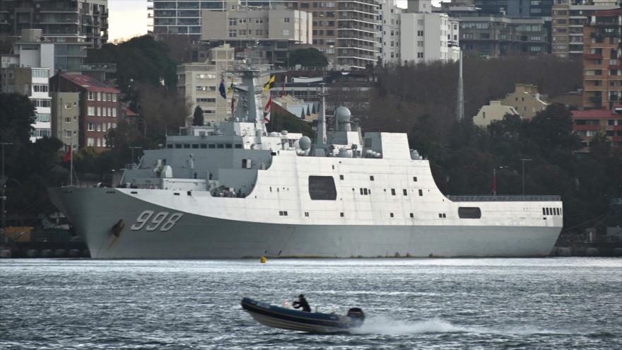 Un buque chino en la base naval de Garden Island en Sídney, 3 de junio de 2019. (Foto: AFP)