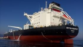 Petrolero británico no entra en estrecho de Ormuz por temor a Irán