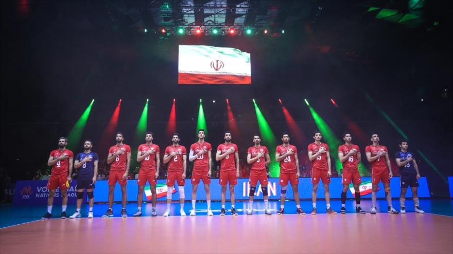 Jugadores de la selección nacional de voleibol de Irán en la 2ª semana de la Liga de Naciones, Tokio, 9 de junio de 2019. (Foto: volleyball.ir)