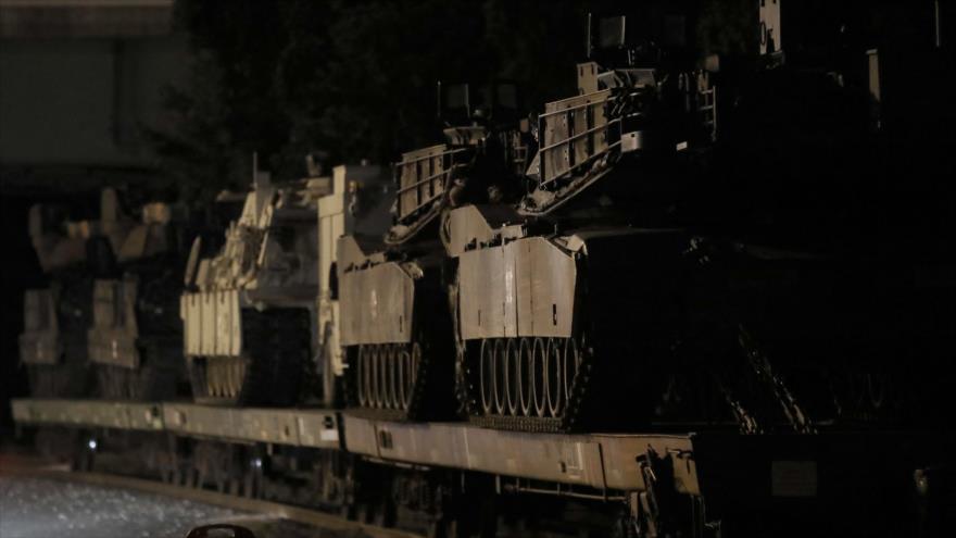 Vagones cargados con tanques Abrams M1A2T y otros vehículos blindados de EE.UU., Washington, 2 de julio de 2019. (Foto: AFP)