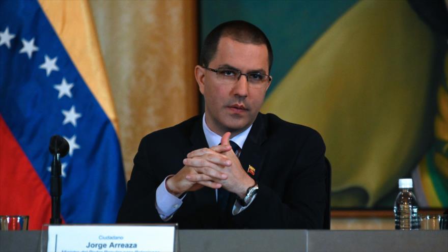El canciller venezolano, Jorge Arreaza, habla durante una conferencia de prensa en Caracas, capital, 10 de mayo de 2019. (Foto: AFP)