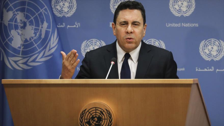 El embajador de Venezuela ante la ONU, Samuel Moncada, habla en una conferencia de prensa, Nueva York, 30 de abril de 2019.