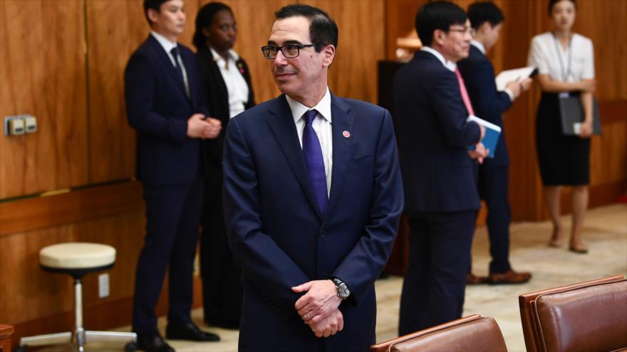 El secretario del Tesoro de EE.UU., Steven Mnuchin, en una reunión entre los presidente de EE.UU. y Corea de Sur, en Seúl, 30 de junio de 2019. (Foto: AFP)