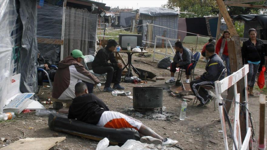 Un grupo de los pobres en una localidad argentina.