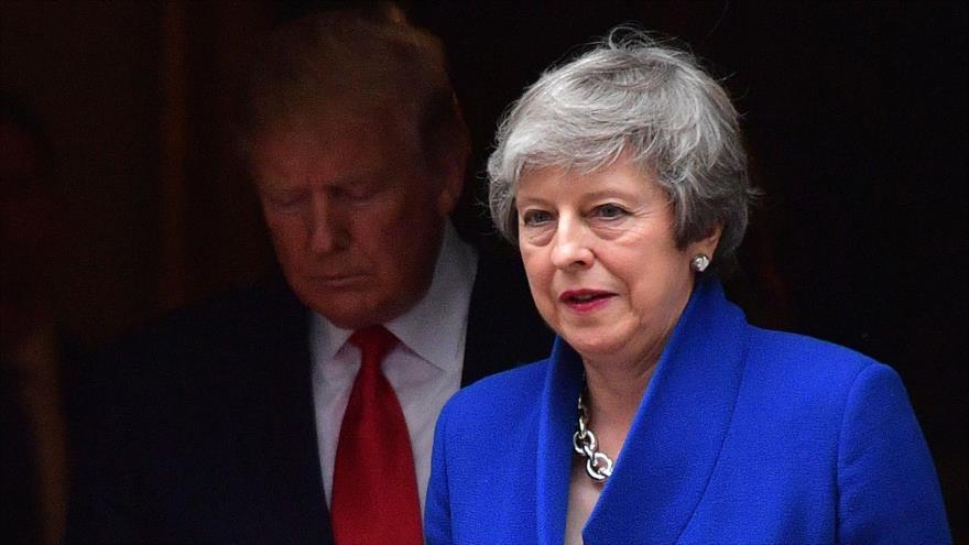 La premier británica, Theresa May, y el presidente de EE.UU., Donald Trump, Londres, 4 de junio de 2019. (Foto: AFP)