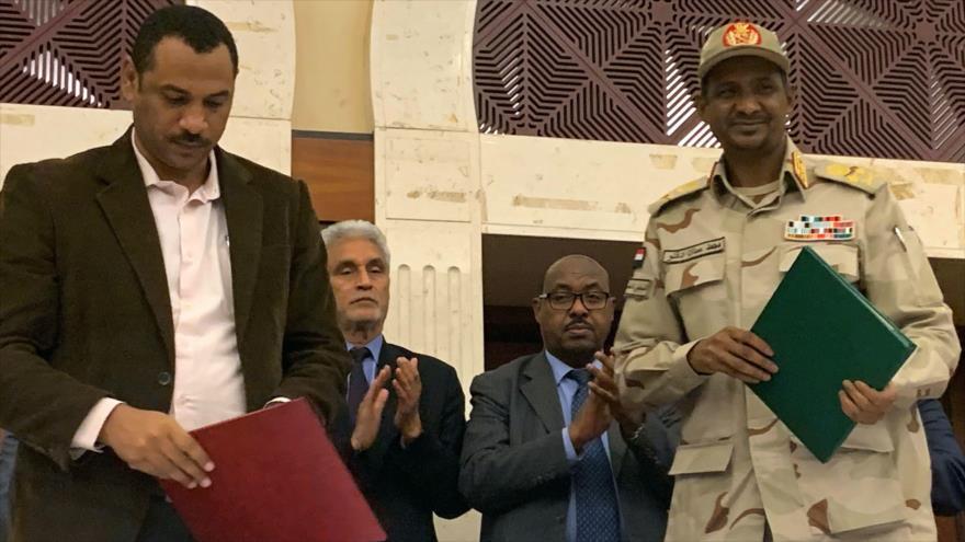 La junta militar y la oposición firman acuerdo en Sudán