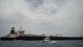 Gibraltar prolonga un mes la retención del buque con crudo iraní