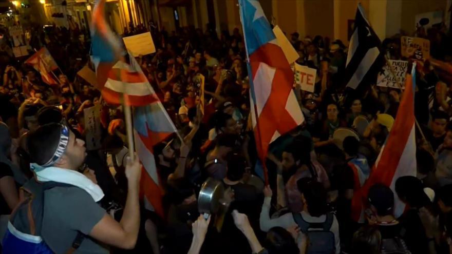 Nueva protesta en Puerto Rico exige renuncia de gobernador de isla