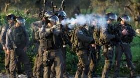 Policía israelí ataca un barrio de Al-Quds para demolerlo
