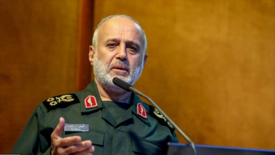 El comandante iraní del cuartel general de la Base de Defensa Antiaérea Jatam Al-Anbia, el general de división Qolamali Rashid.