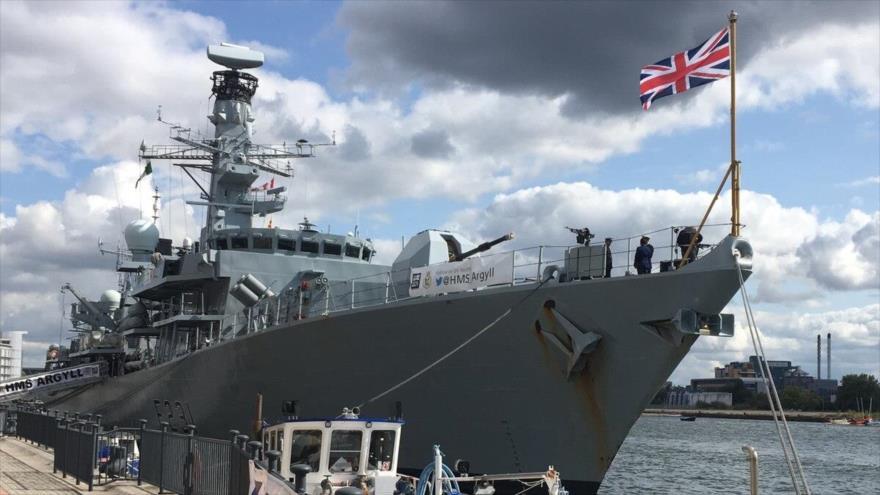 La fragata Argyll de la Marina Real británica en la feria internacional de defensa y seguridad DSEI en Londres, capital del Reino Unido.