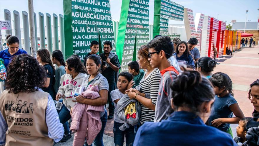 Los migrantes centroamericanos se reúnen en Tijuana, México, 22 de julio de 2019. (Foto: AFP)