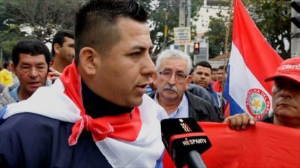 Violenta manifestación de taxistas en Paraguay