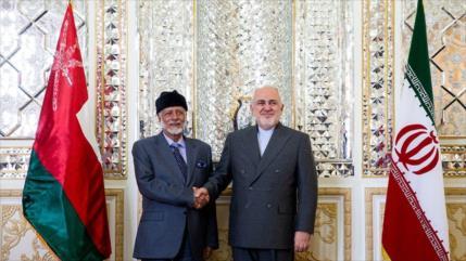 Cancilleres de Irán y Omán discuten temas bilaterales y regionales