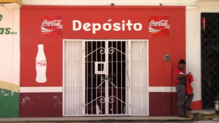 """Cámara al Hombro: México, Coca-Cola; la """"fórmula secreta"""" en Chiapas"""