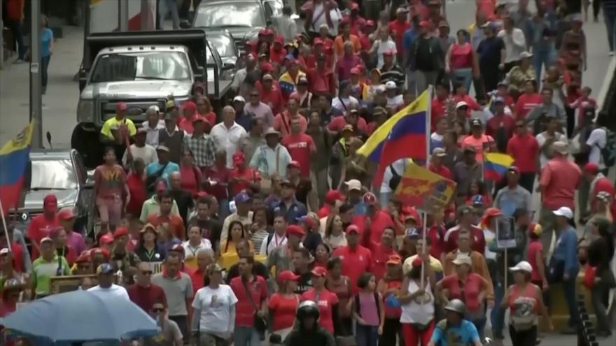 """Venezolanos participan en la """"marcha antimperialista por la paz"""""""