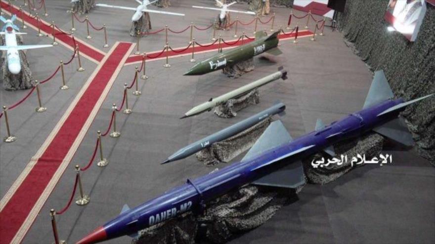 Las fuerzas yemeníes exhiben misiles de fabricación nacional en Saná, la capital.