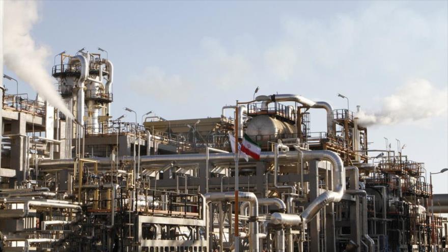 Irán comenzará a exportar gasolina pese a sanciones de EEUU | HISPANTV