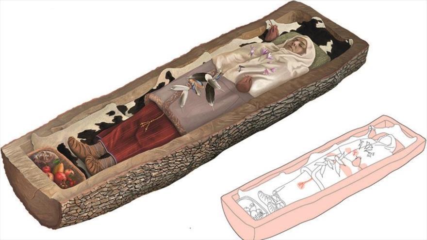 Reconstrucción de la tumba de una mujer celta de hace 2200 años.