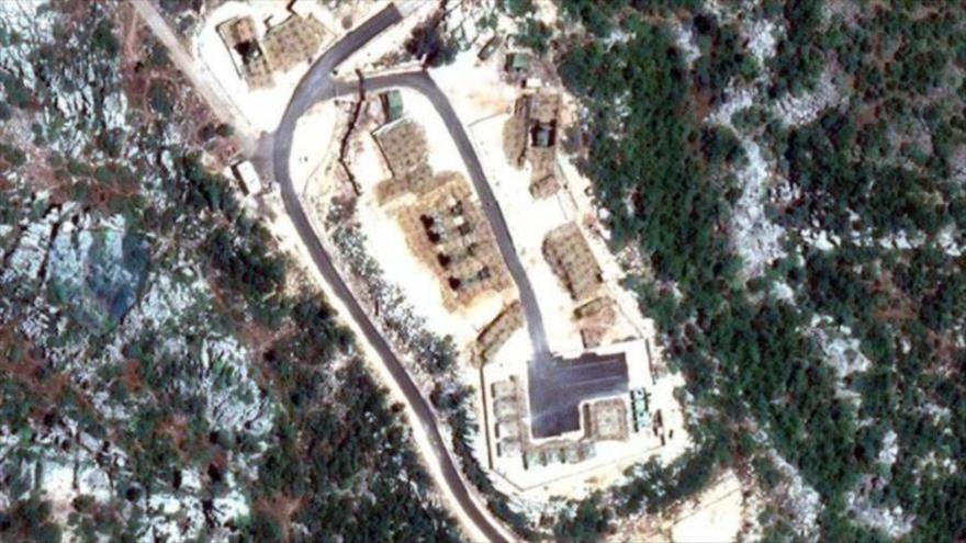 Imagen muestra la posición de lanzadores de los sistemas rusos S-300 en base siria de Masyaf. (Foto: el canal Telegram ruso Informante Militar)