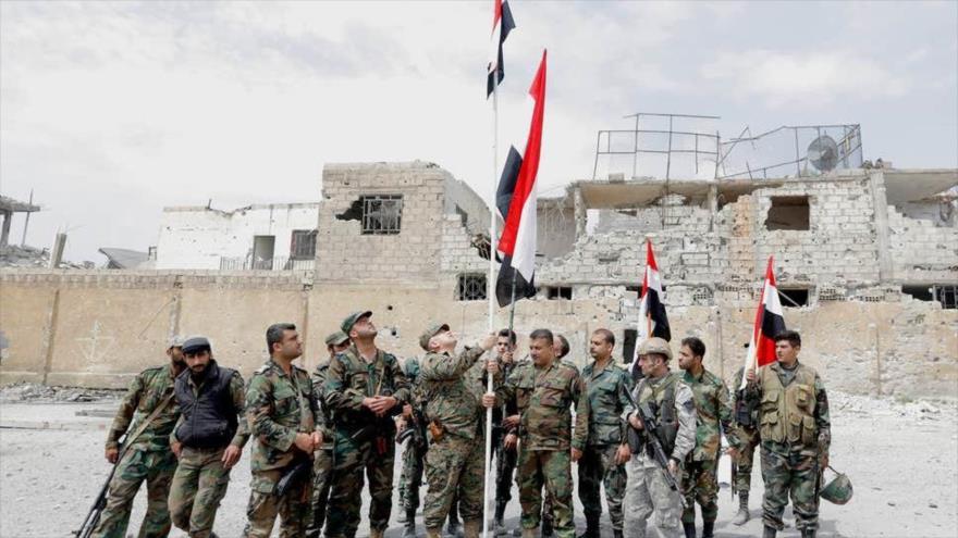 Soldados sirios en el sur de Damasco, la capital, 29 de abril de 2018. (foto: AFP)