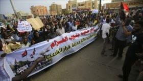 Mueren cuatro manifestantes por tiros de militares en Sudán