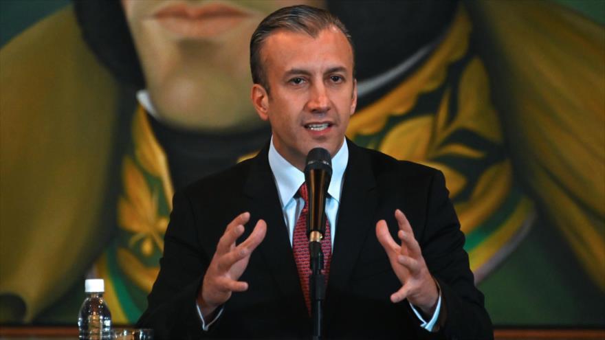 El vicepresidente para el Área Económica de Venezuela,Tareck El Aissami, habla en una rueda de prensa, Caracas, 10 de mayo de 2019. (Foto: AFP)